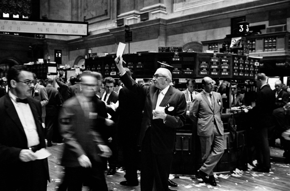 NY_stock_exchange_traders_floor_LC-U9-10548-6